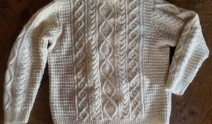 Sweaters - Pure new wool long sleeve sweater Large
